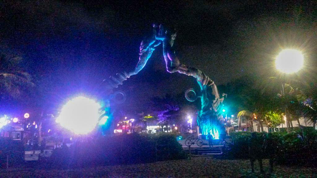 Die Portal Maya Skulptur in Playa del Carmen